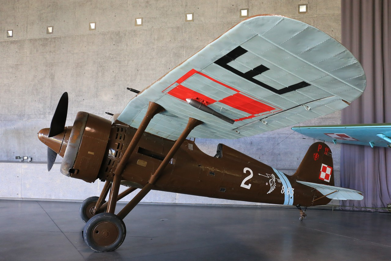 Aircrafts of the first half of the 20th century