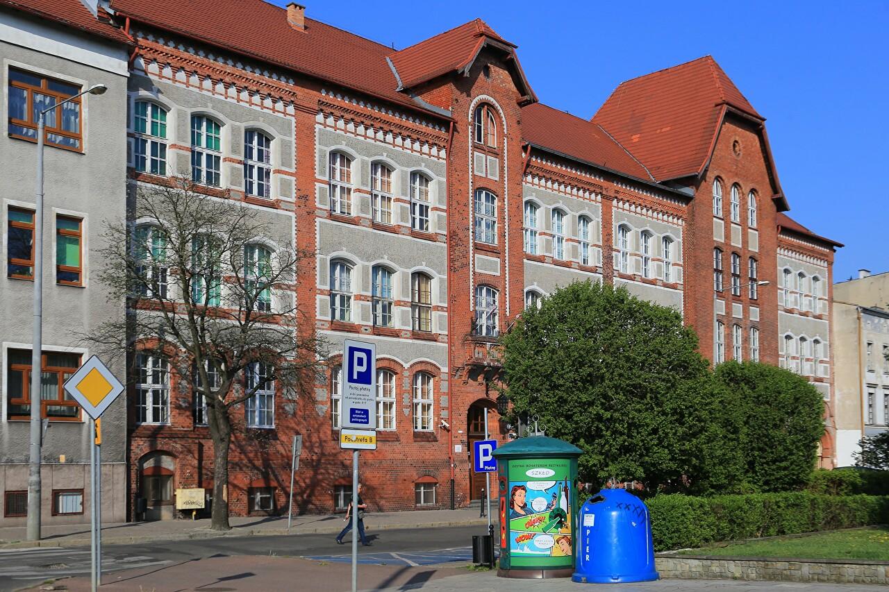 Old Women's Gymnasium, Grudziądz