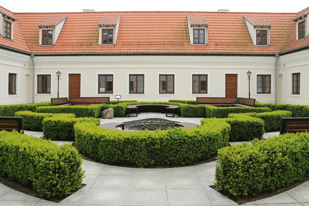 Potocki Palace, Braniewo