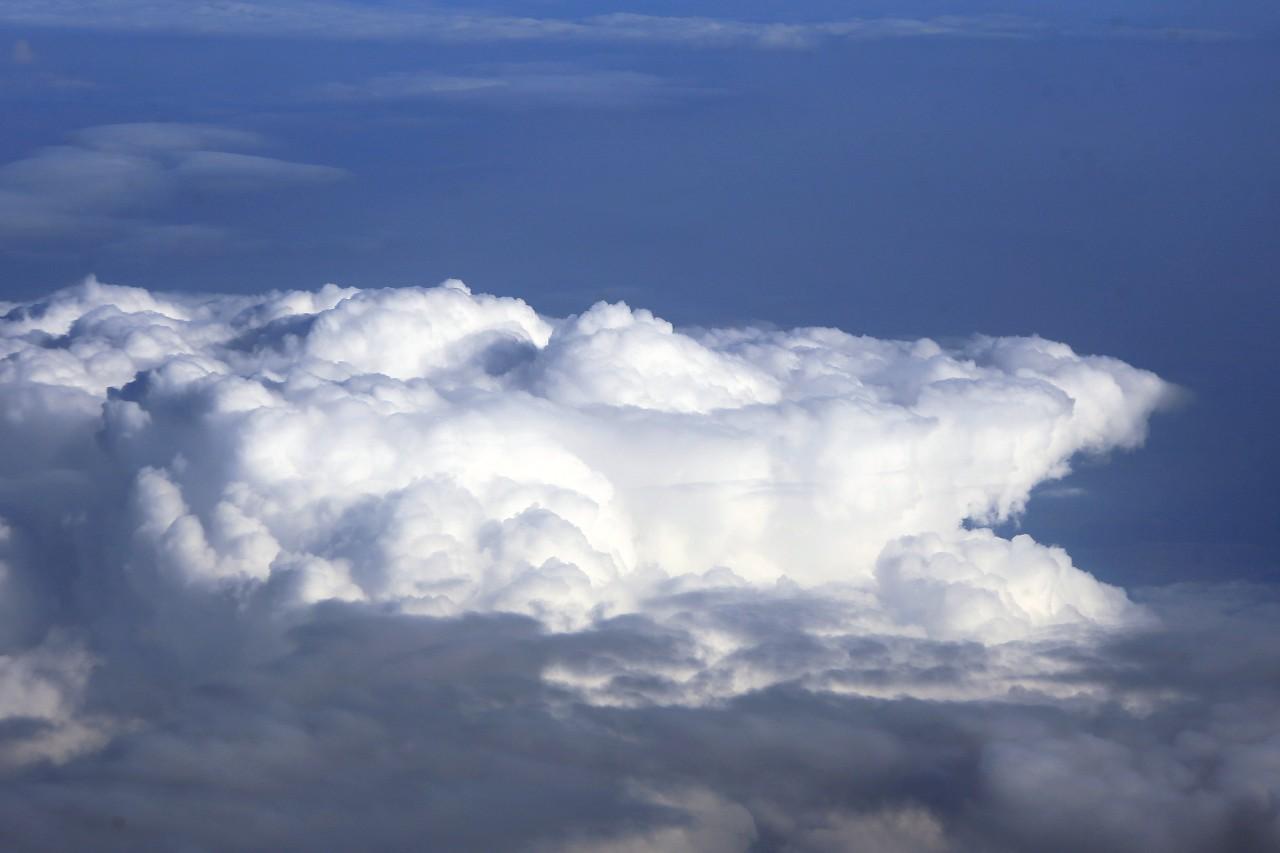 Облака, вид с самолёта